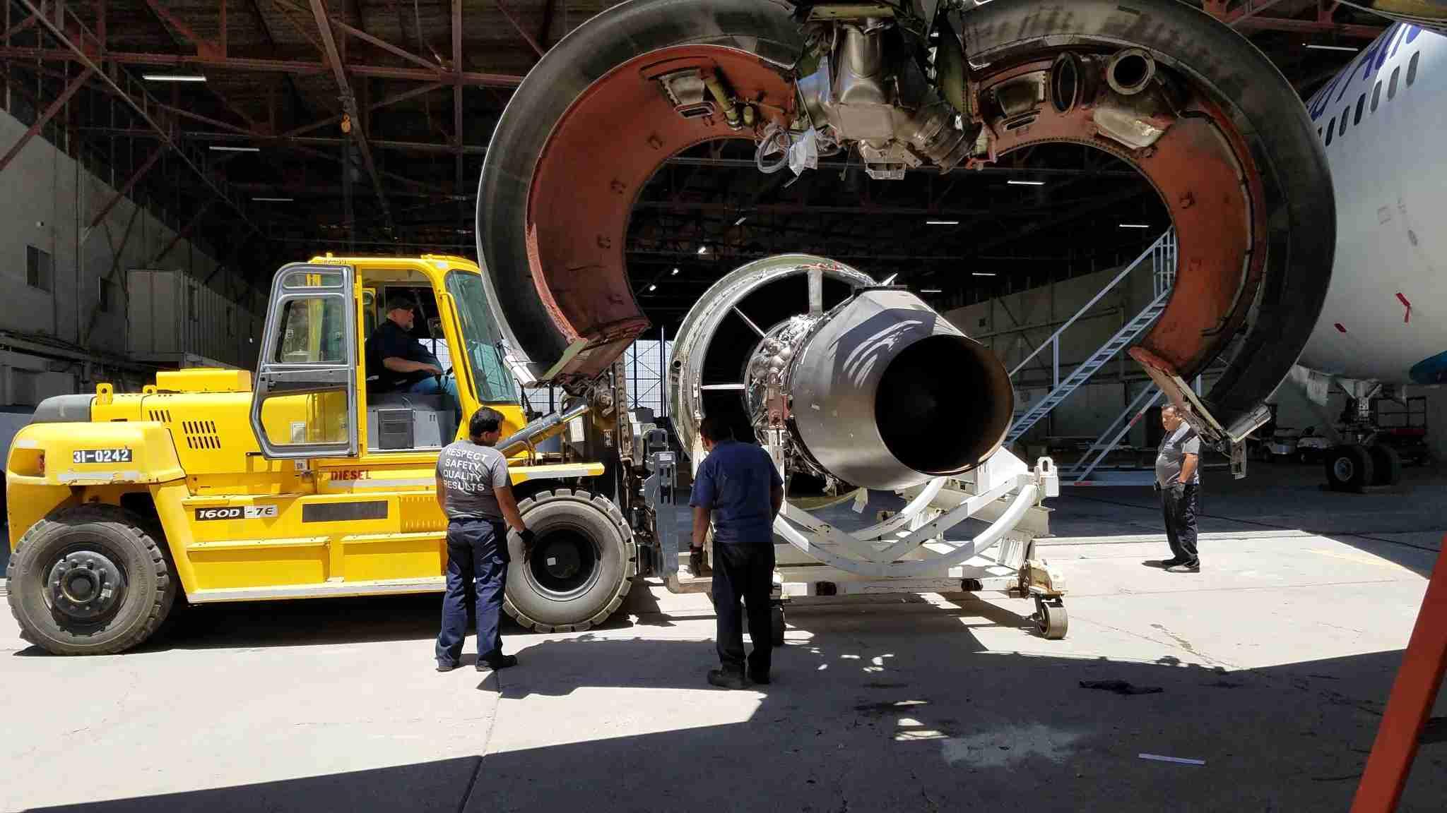 Removing an aircraft