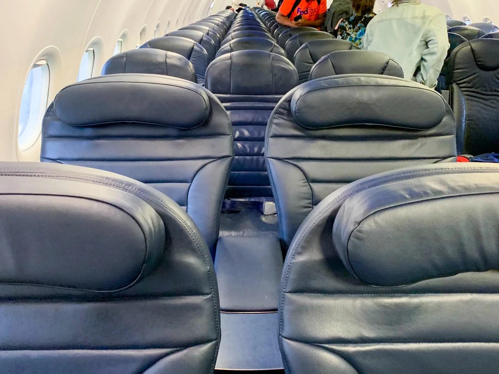 Pleasing Guide To Spirit Airlines Big Front Seat Uwap Interior Chair Design Uwaporg
