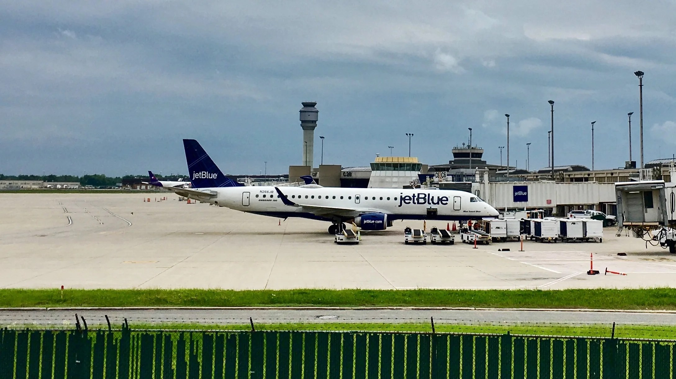 JetBlue Shrinks DC Route Map, Drops 2 Other Cities
