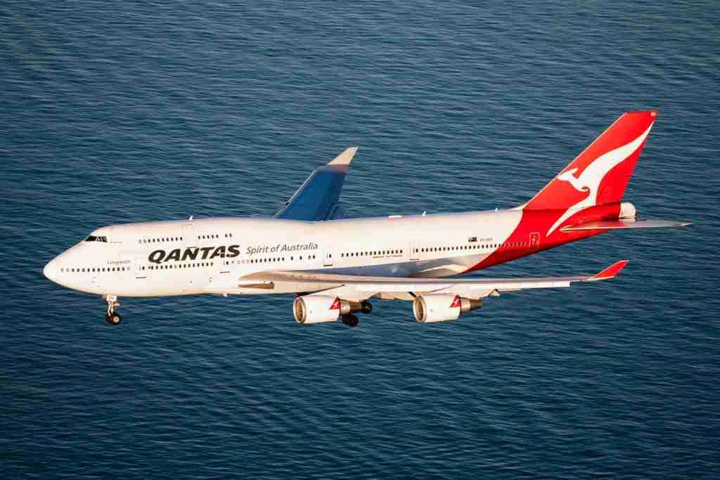 Qantas-747-400-Approaching-Sydney-Airport-SYD