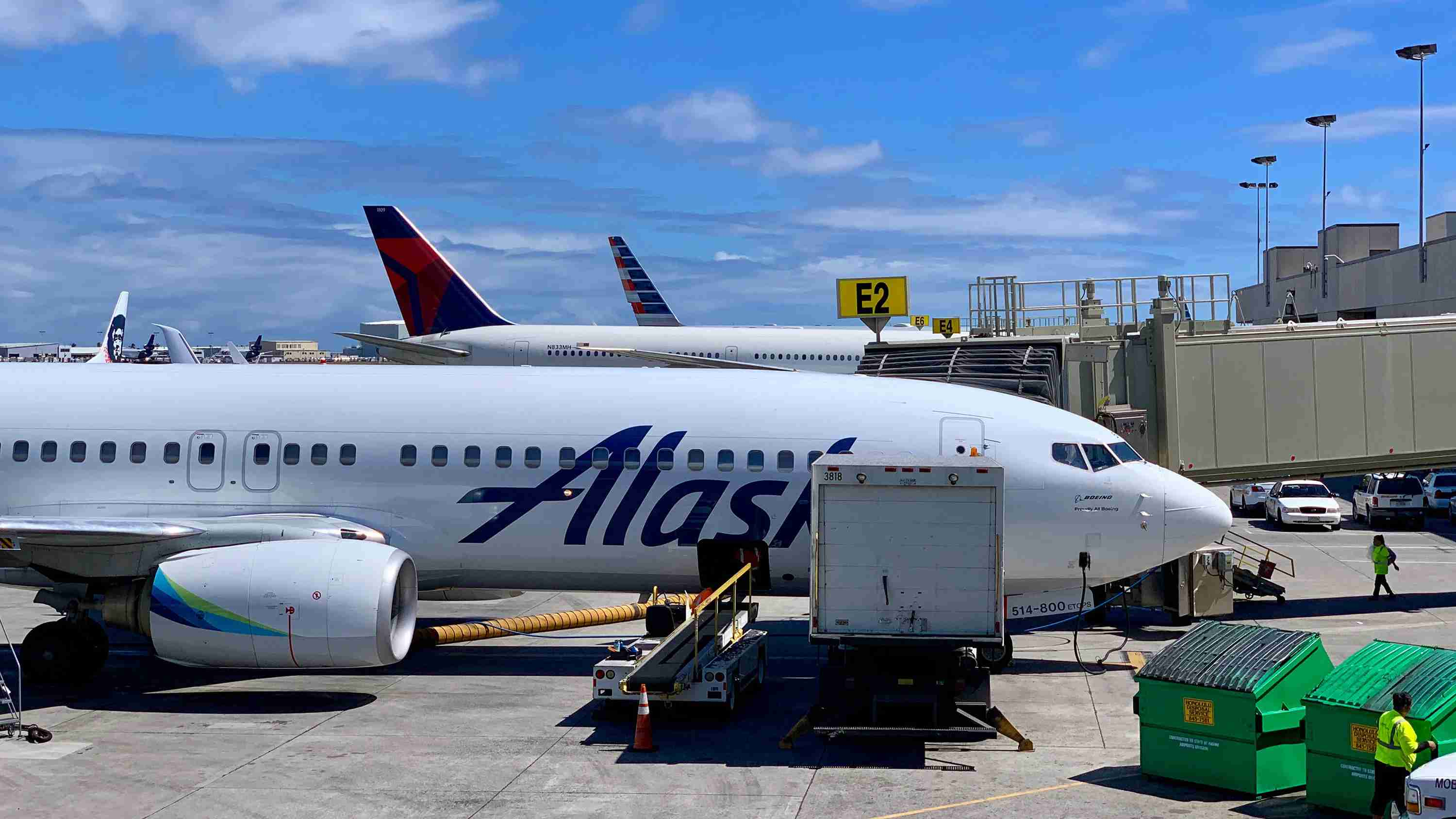 alaska-american-airlines-aa-delta-dl-airport-honolulu-hnl-oahu-hawaii