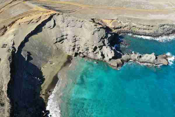 Even without the green sand, Papakolea Beach would be worth the visit