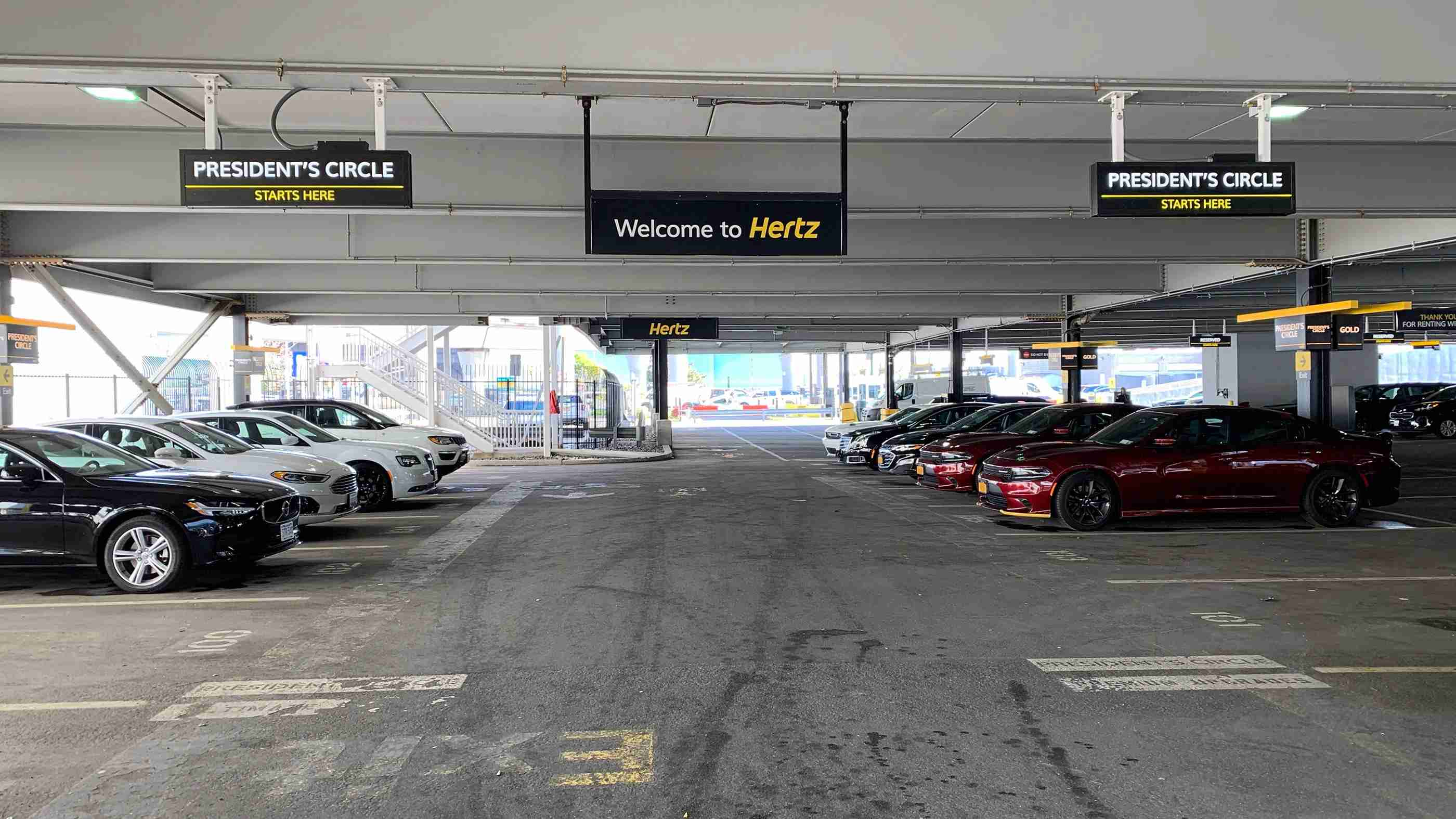 hertz-presidents-circle-garage-car-rental-2019