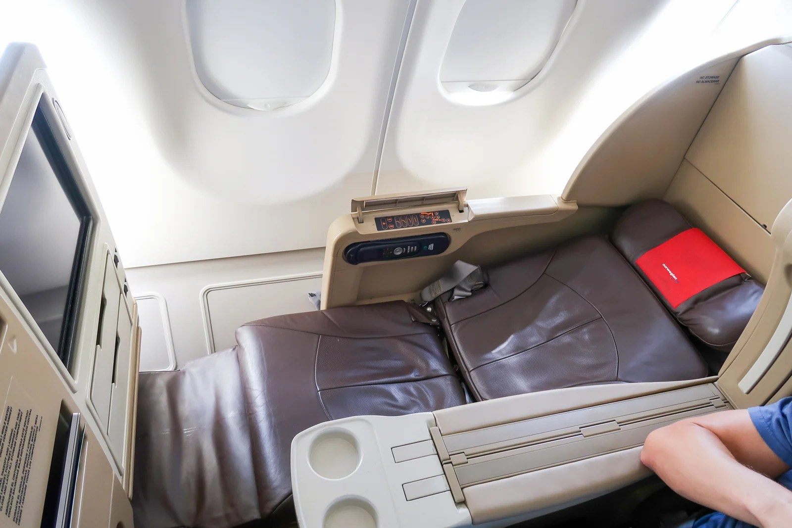 Review: Norwegian Premium Economy on the Leased Evelop A330