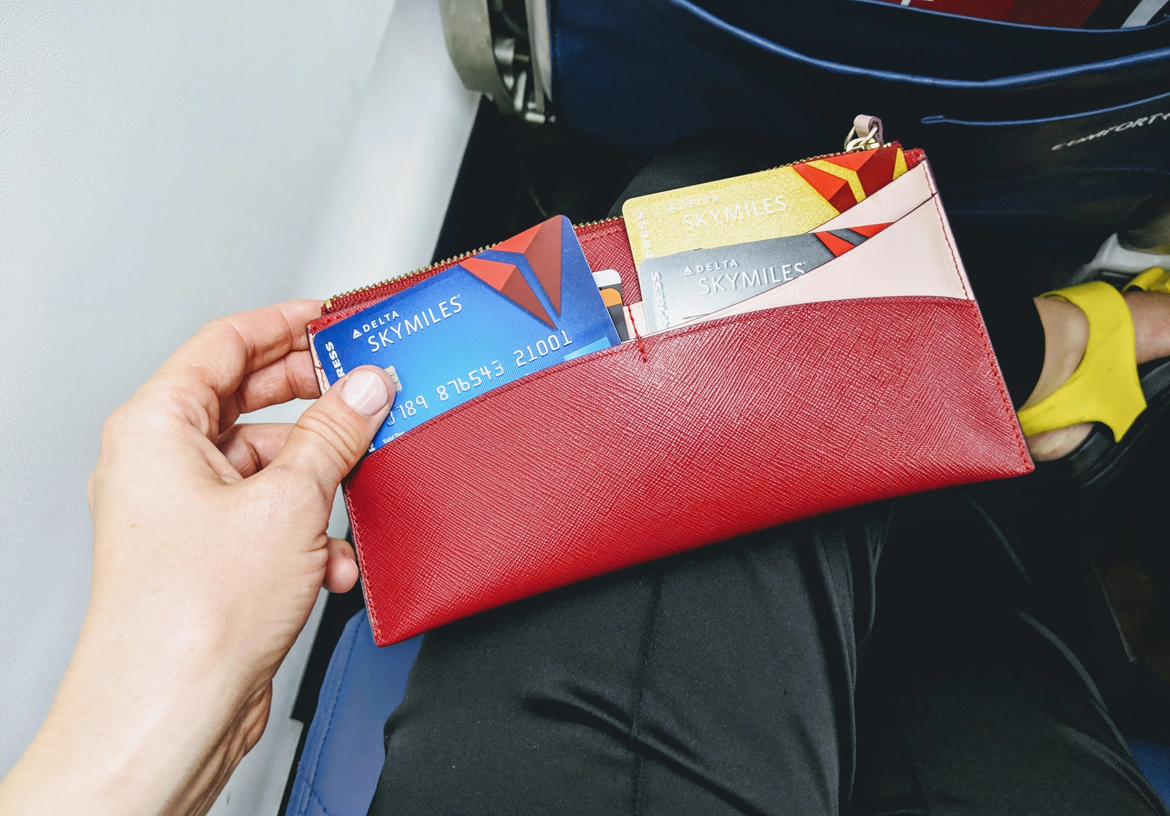 Americanexpress Com Delta >> New Benefits For Delta American Express Cards Will Arrive In