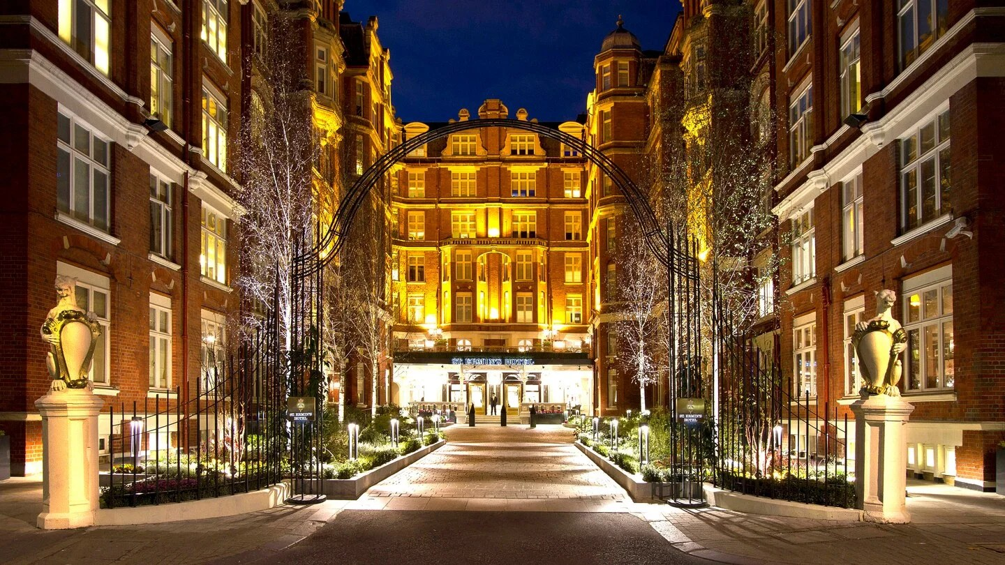 Location Isn't Everything: A Review of St. Ermin's Hotel in London