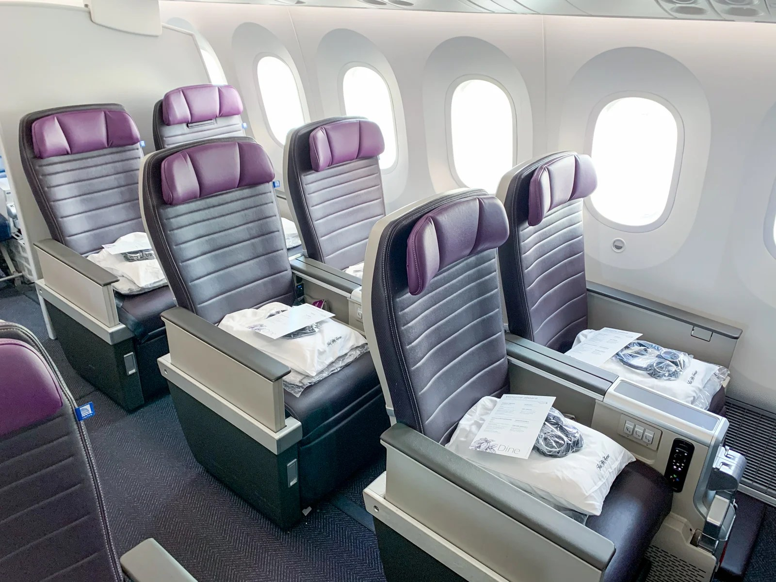Still needs work: A review of United Premium Plus on the Boeing 787-10