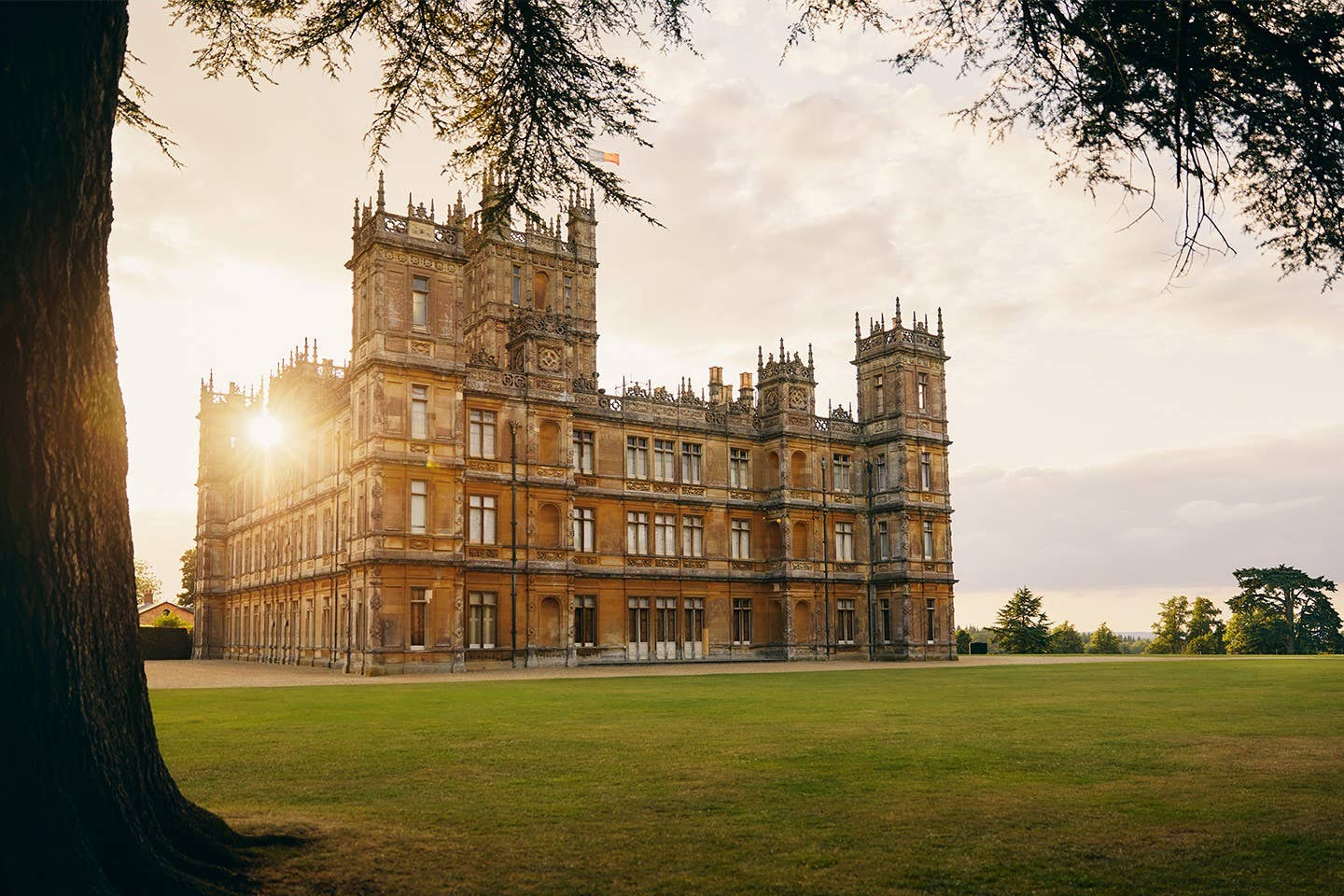 Mark your calendars: The Downton Abbey castle will be bookable on Airbnb for one night only
