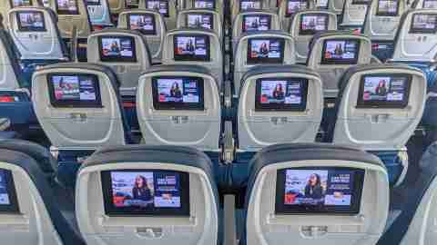 Delta economy class seating on the A330