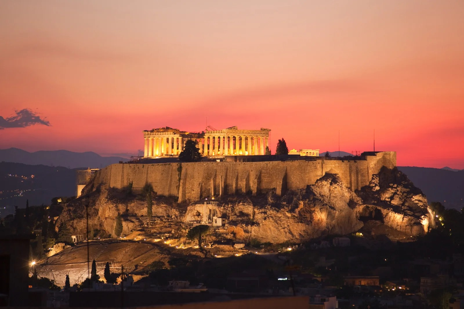 Cheap tickets to Greece: Flights to Athens have dropped to $299 R/T