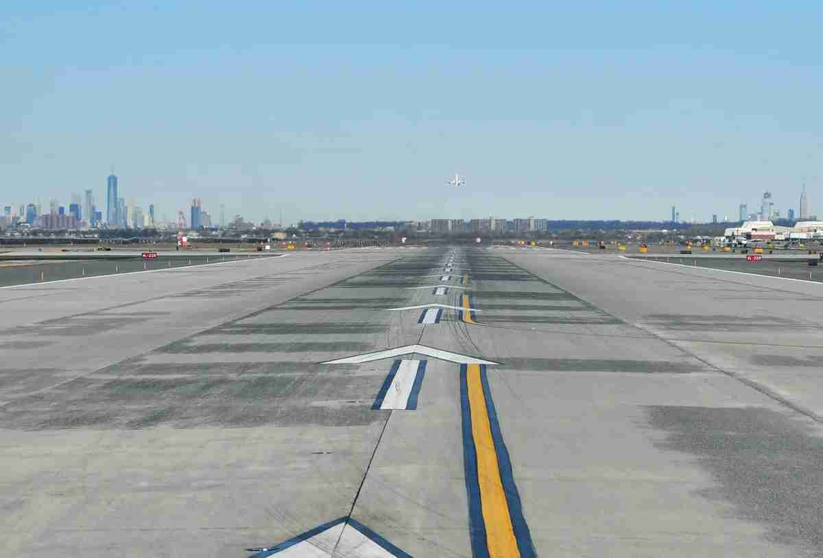 A view of runway 31L at JFK from an airplane about to take off on it (Photo by Alberto Riva/TPG)