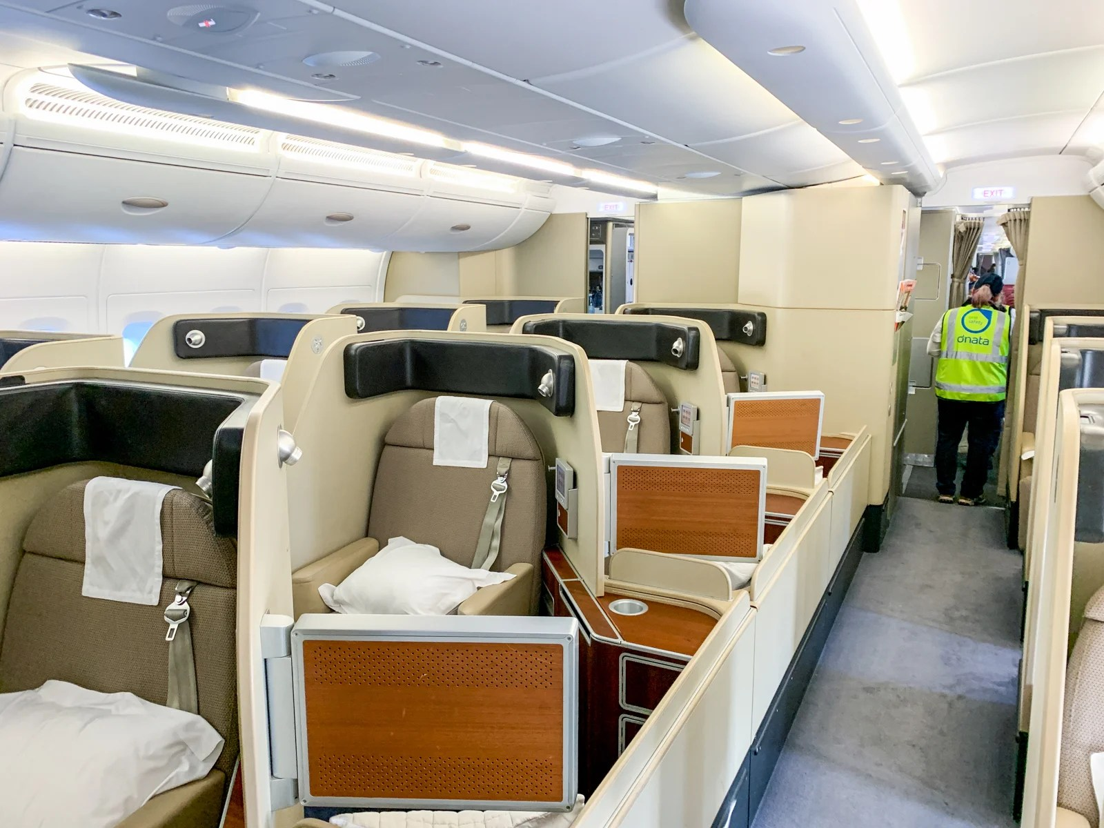 Awesome Aussie: A review of Qantas first class on the A380, Melbourne to LAX
