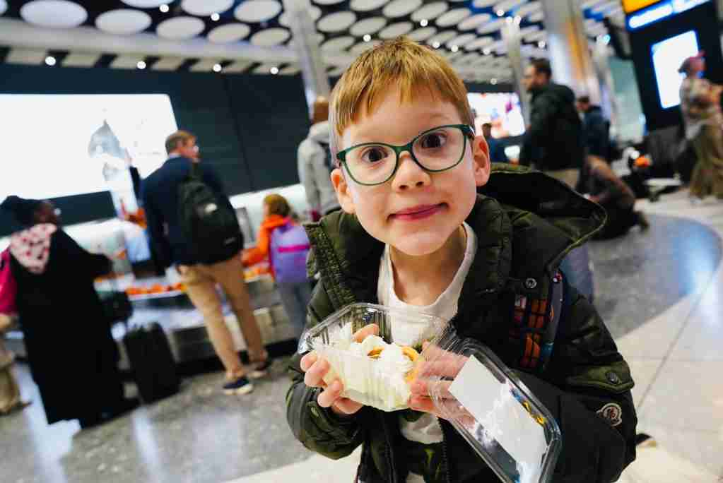 After all the pies were delivered, garnishes and selfies-with-pies were taken, passengers received their checked bags. (Photo courtesy of Heathrow Airport)