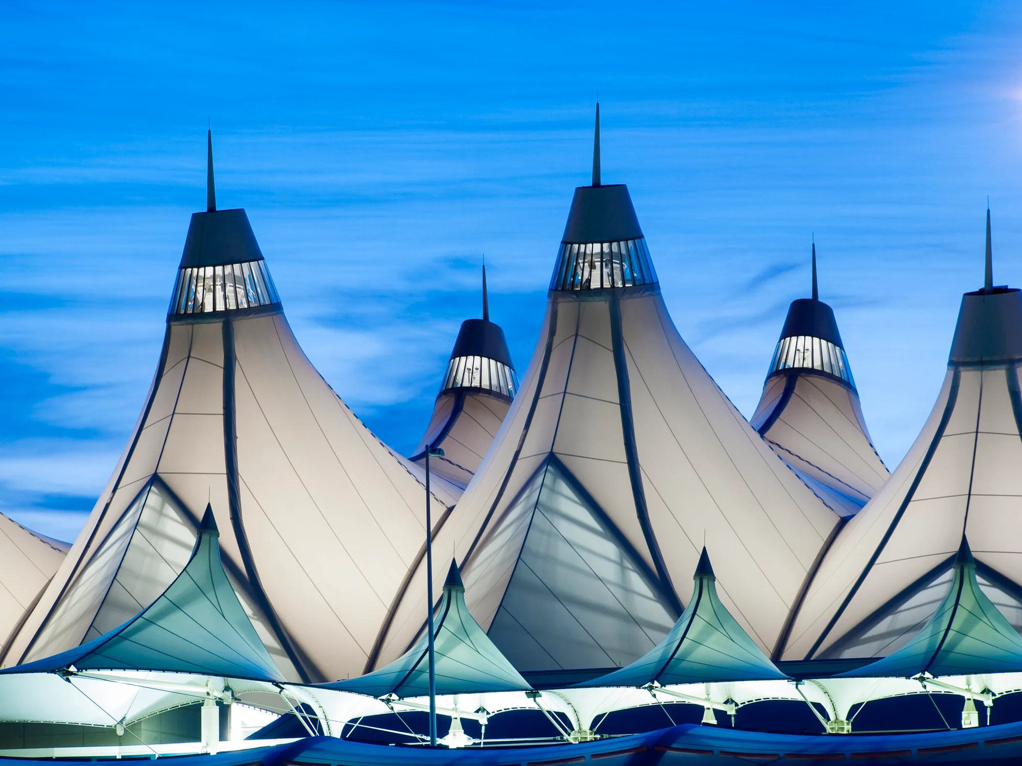 Denver Airport 101: The ultimate guide to DEN