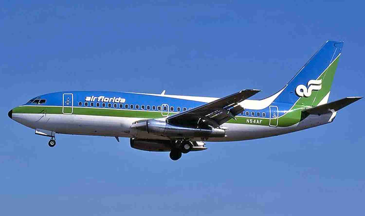 Air Florida's handsome blue and green on a 737-200.