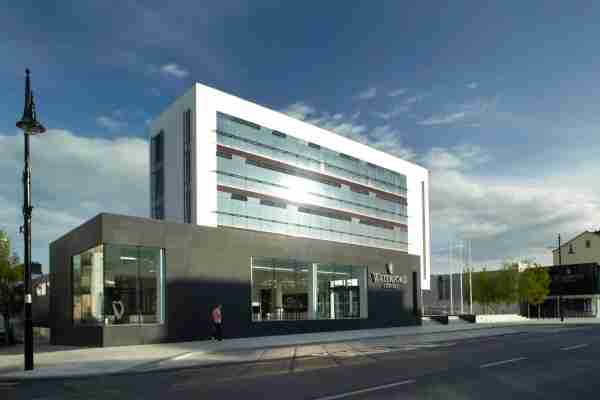 The House of Waterford Crystal. (Photo courtesy of WaterfordVisitorCentre.com)