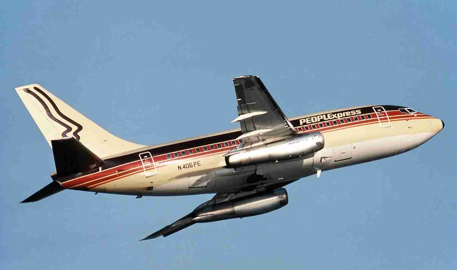 One of PEOPLExpress' coffee-colored 737-100s.