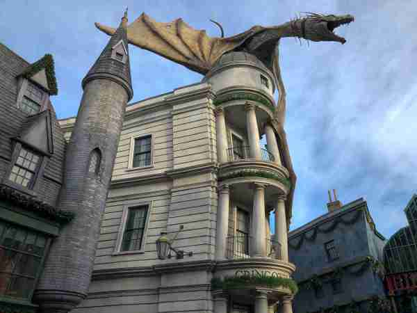 The Wizarding World of Harry Potter - Diagon Alley. Photo by Leonard Hospidor.)