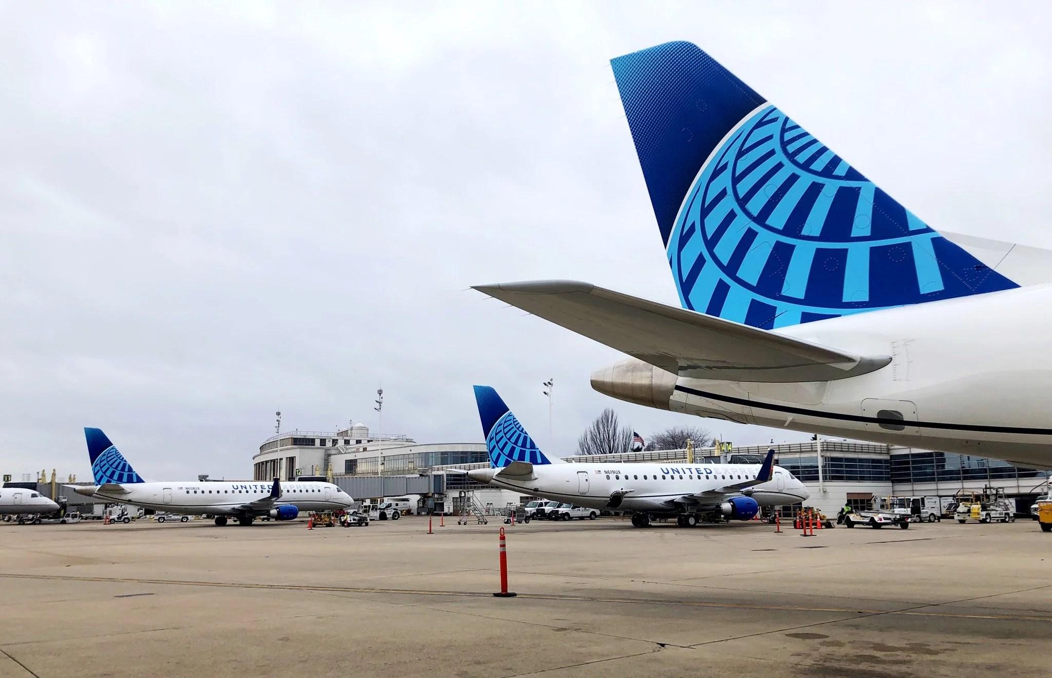 United Airlines to enter New York-Washington shuttle fray