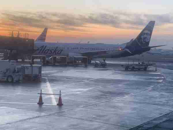 Alaska jet on tarmac at Newark December 2019 (Photo by Clint Henderson/The Points Guy)