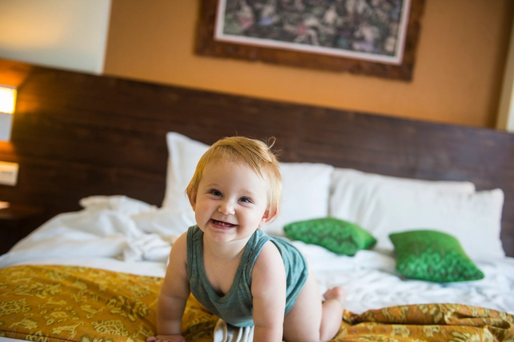 baby girl hotel room