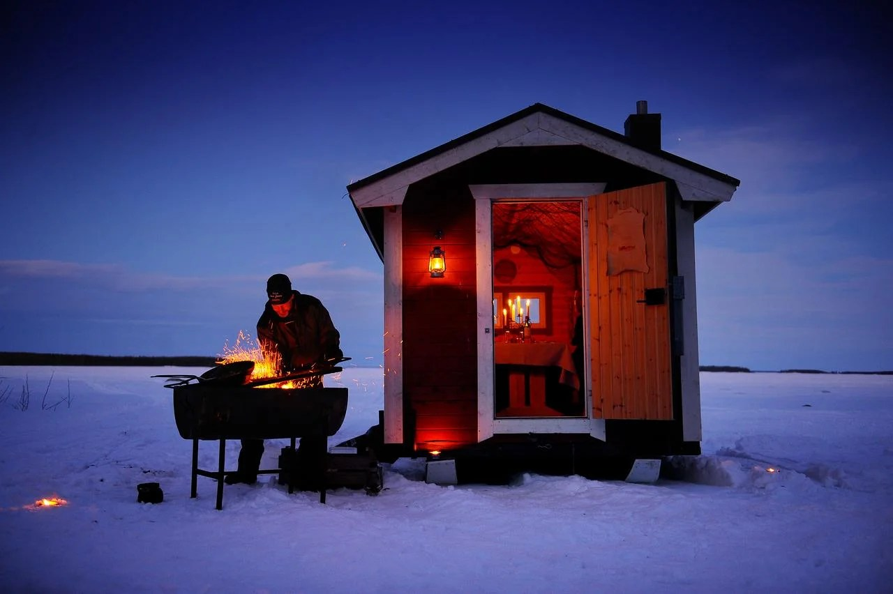 You Can Have Dinner in a Cabin on the Middle of a Frozen Lake in Swedish Lapland