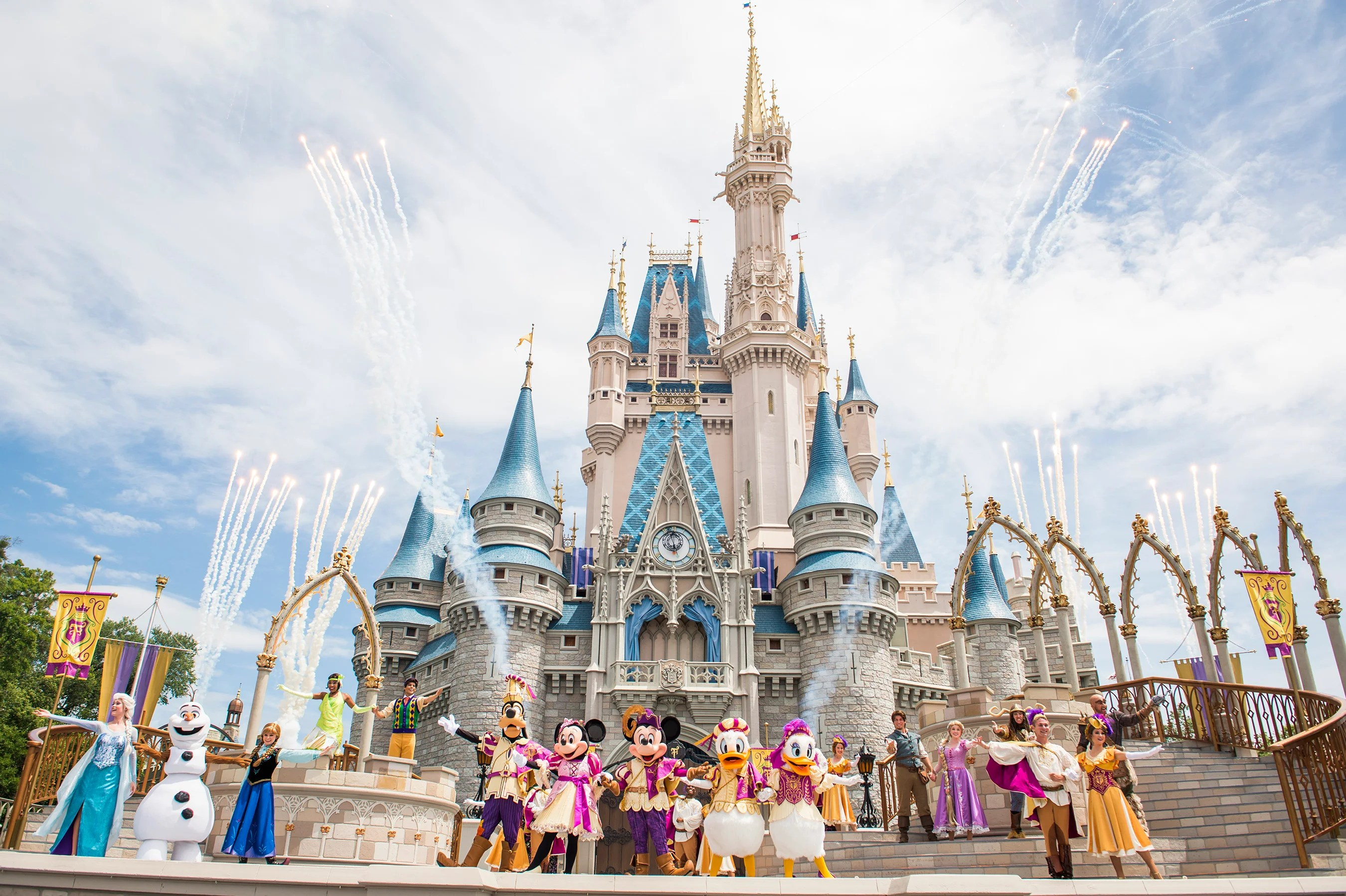 Disney Bans Ice Smoking And Large Strollers From Entering
