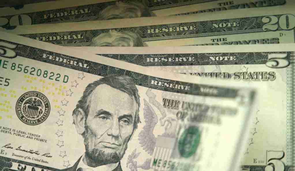 """WASHINGTON, March 3, 2020 -- Photo taken on March 3, 2020 shows U.S. dollar banknotes in Washington D.C., the United States. The U.S. Federal Reserve lowered the target range for the federal funds rate by 50 basis points to a range of 1.00 percent to 1.25 percent, as the novel coronavirus disease poses """"evolving risks"""" to economic activity, the central bank announced Tuesday. (Photo by Liu Jie/Xinhua via Getty) (Xinhua/Liu Jie via Getty Images)"""
