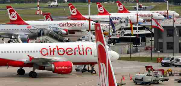 dpatop - A row of Air Berlin planes in Tegel airport in Berlin, Germany, 21 September 2017. The board of creditors of the bankrupt German aviation concern Air Berlin met today to discuss sale offers. Photo: Wolfgang Kumm/dpa (Photo by Wolfgang Kumm/picture alliance via Getty Images)