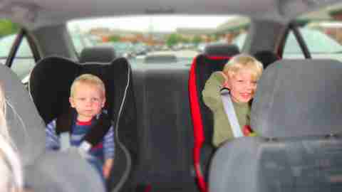 kids in car seats