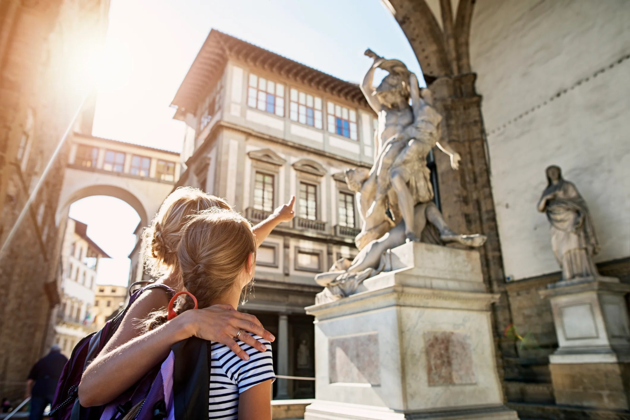 How to find points hotels in Florence for a family of 4