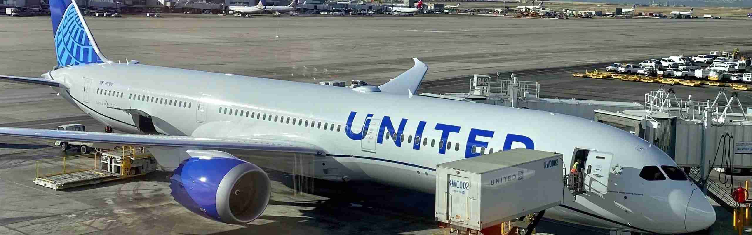 United's new livery on a Boeing 787 at Denver airport.