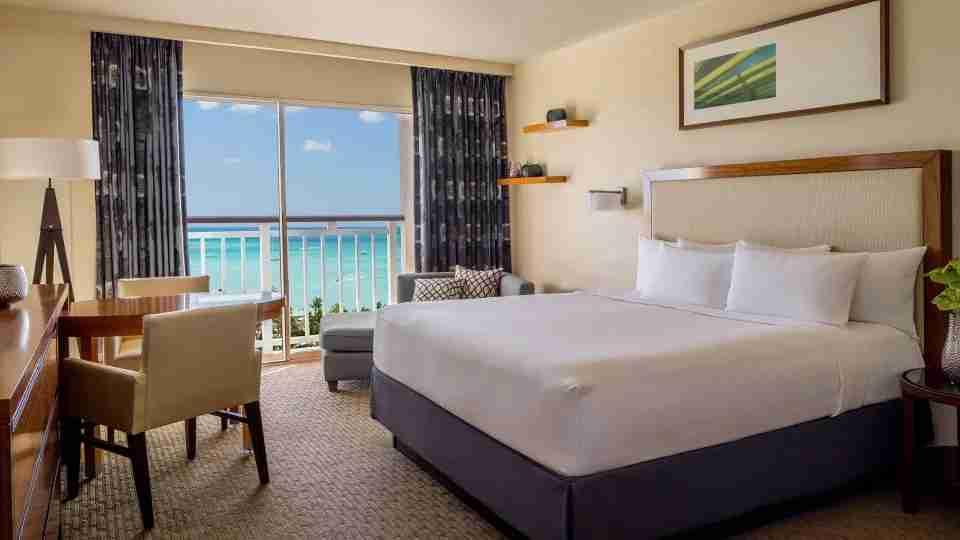 Hyatt Regency Aruba (image courtesy of hotel)