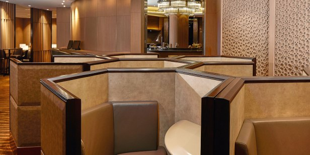 al dhabi lounge auh private workspace seating review