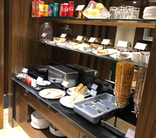 food snacks dinner breakfast bird lounge pune airport pnq review