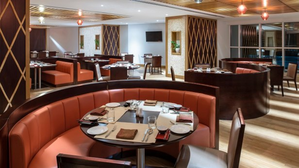cheeky chan restaurant four points by sheraton sharjah uae