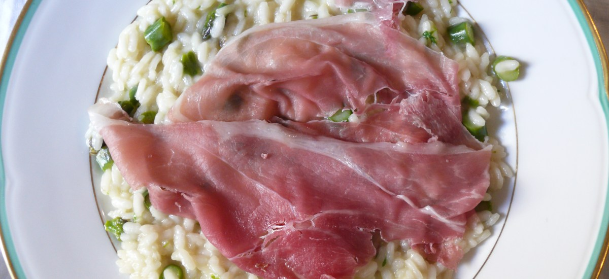 Asparagus risotto with Parma ham