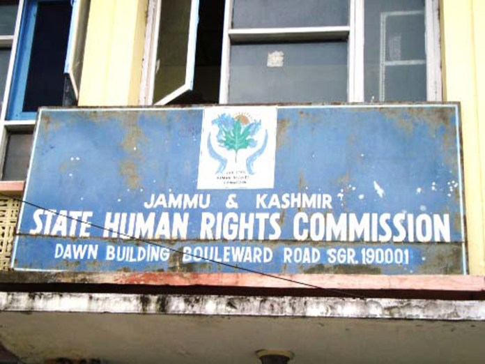 Indian government closes down seven commissions related to human rights in Kashmir