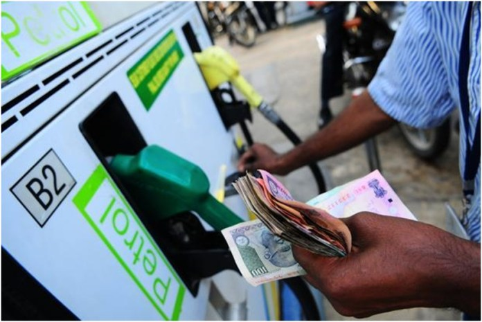 Delhi, Mumbai See a Steep Rise in Fuel Prices; Daily Commuters in a Fix the policy times