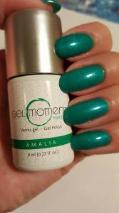 GelMoment Color of the Month June 2018 Amalia