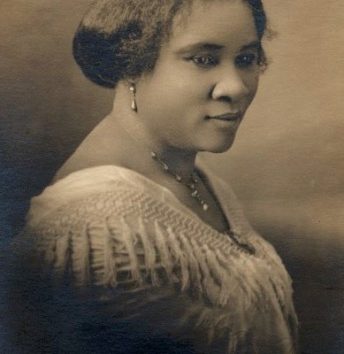 Madam_CJ_Walker_face_circa_1914.jpg