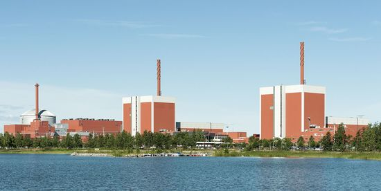 Olkiluoto_Nuclear_Power_Plant_2015-07-21_001_cropped.jpg