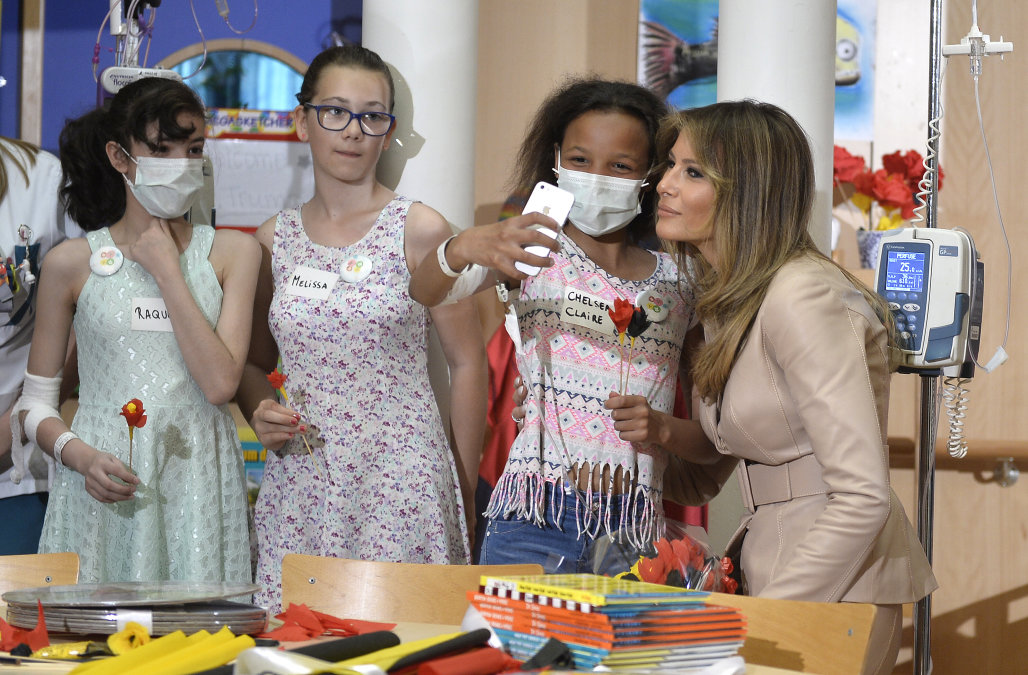 , Melania Trump Met With Protest at Boston Med. Hospital Whose Sick Patients drumpf Tried to Deport., The Politicus
