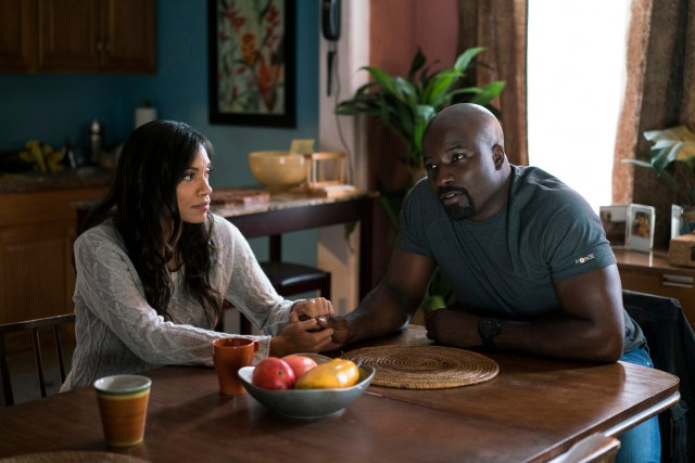 Claire and Luke Cage in The Defenders