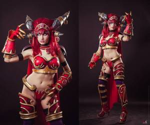 Alexstrasza, Queen of the Dragons cosplay by Narga