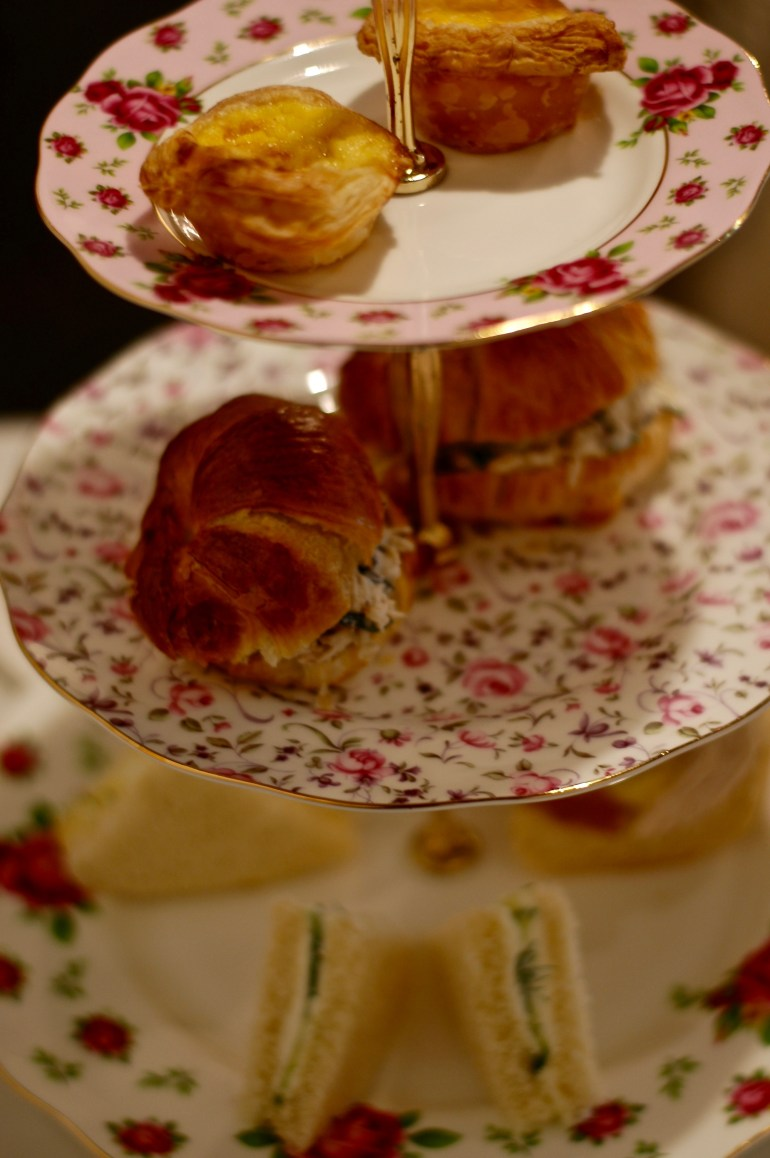 tea sandwiches-thepoppyskull.com