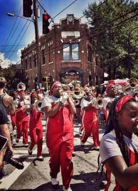 McNair High School band in 2016 parade. Photos by Lauren Grijalva