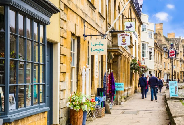 A Cotswolds day trip to Chipping Campden high street