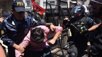 Incidentes-en-el-Cngreso-Reforma-Previsonal-Gendarmeria-27-PORTADA