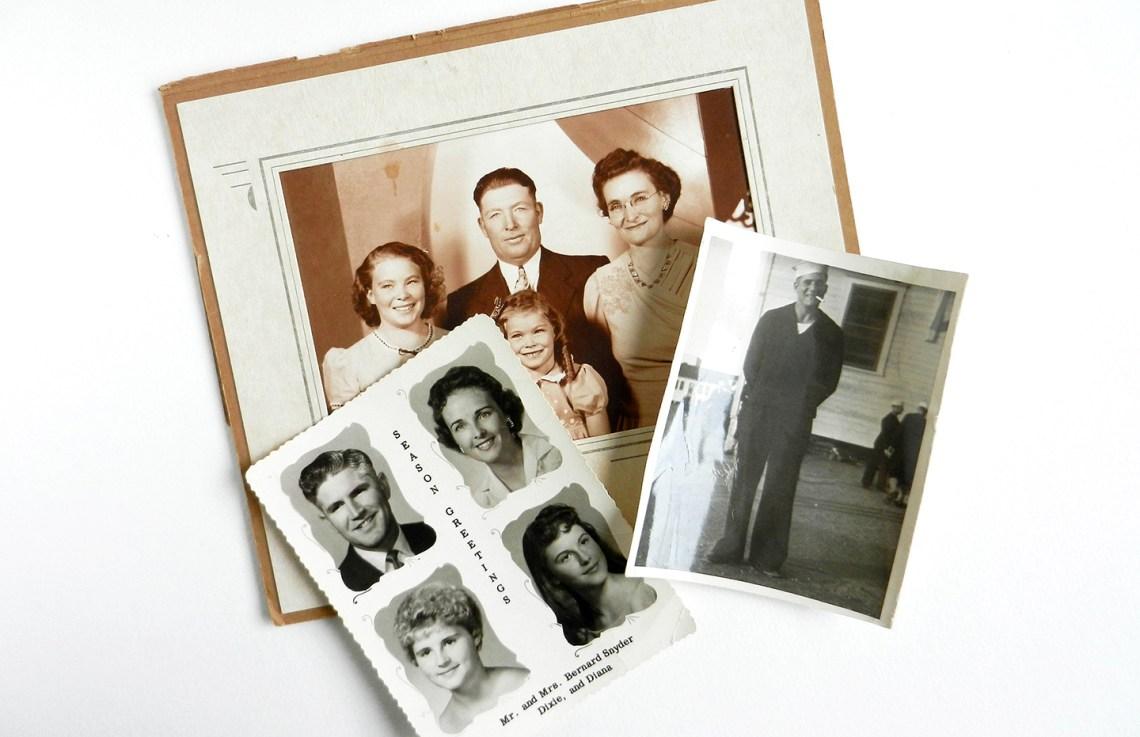 Vintage Photo Project: Embellished Postcards | The Postman's Knock